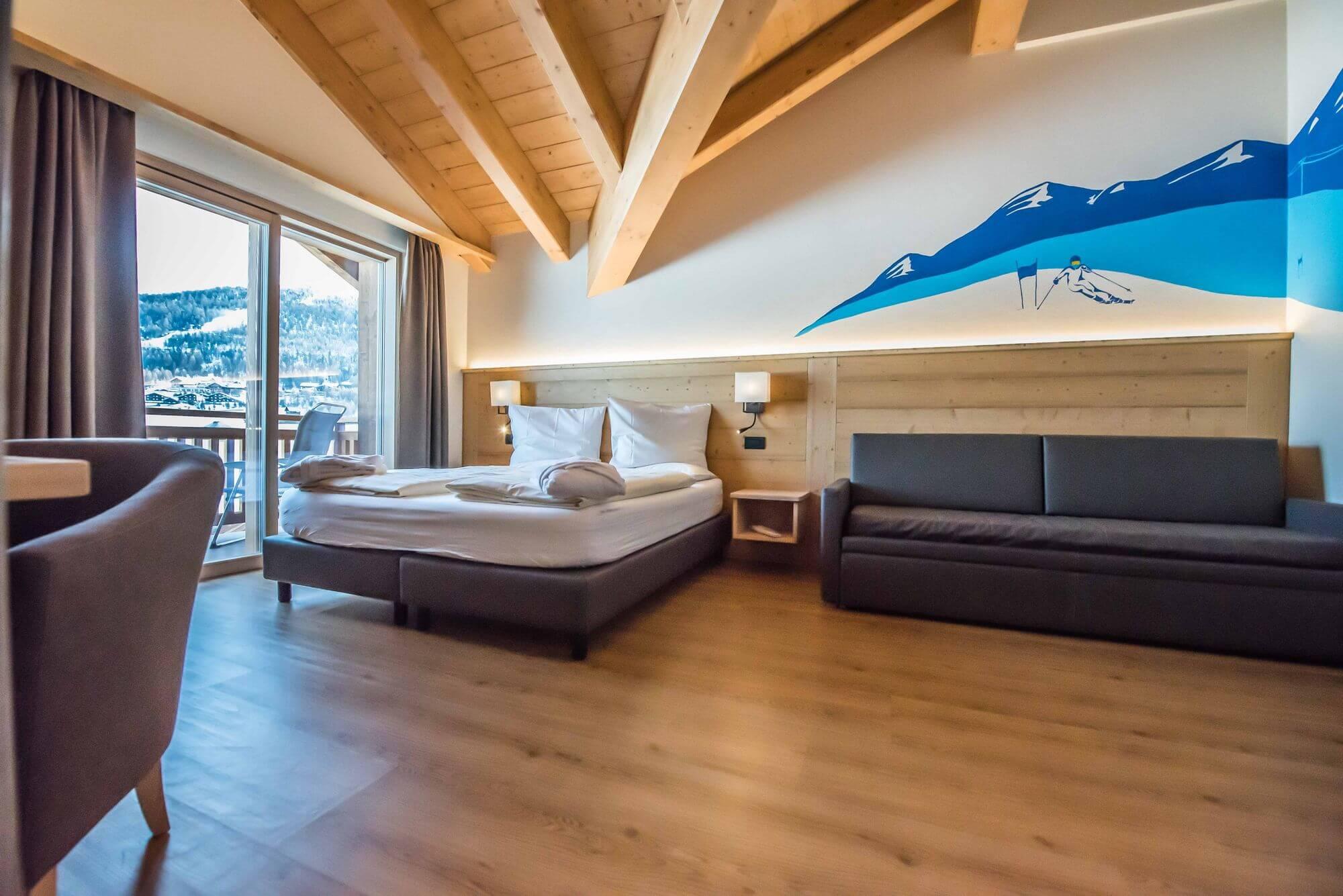 Ambiente alpino nella Junior Suite: Hotel Le Alpi a Livigno