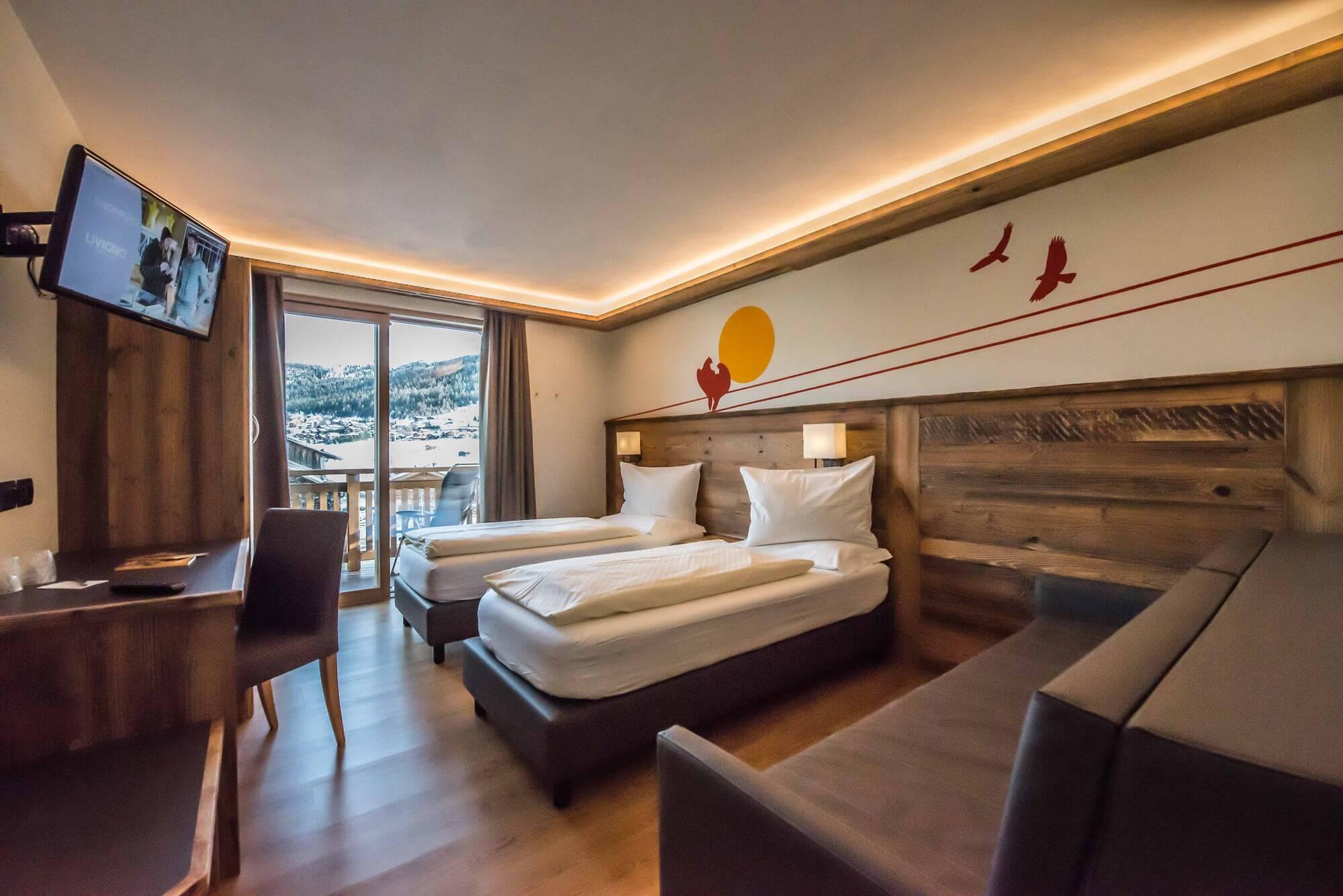 Camera Comfort con arredamento in legno: Hotel Le Alpi a Livigno