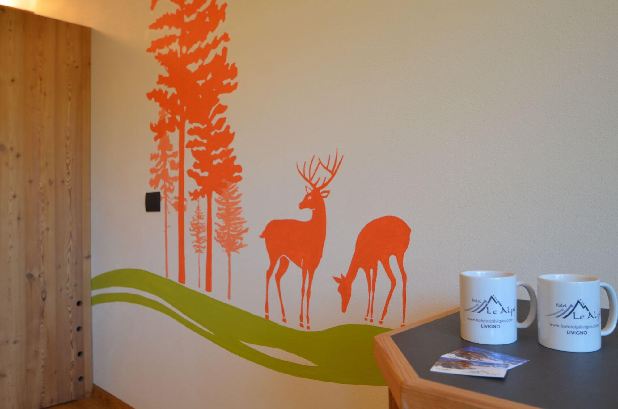 Decorazioni con temi di montagna: Hotel Le Alpi a Livigno