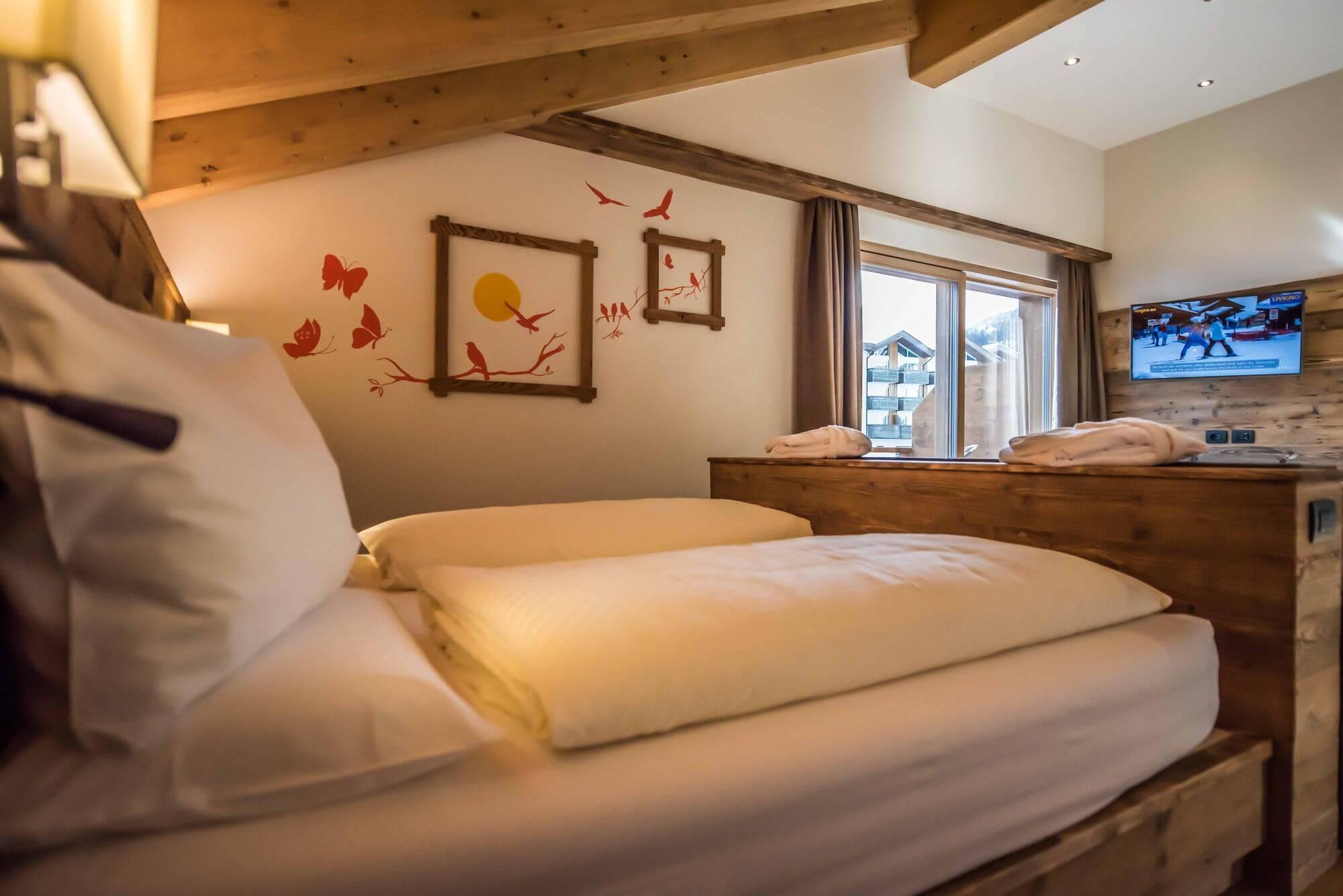Decorazioni alle pareti nella suite: Hotel Le Alpi