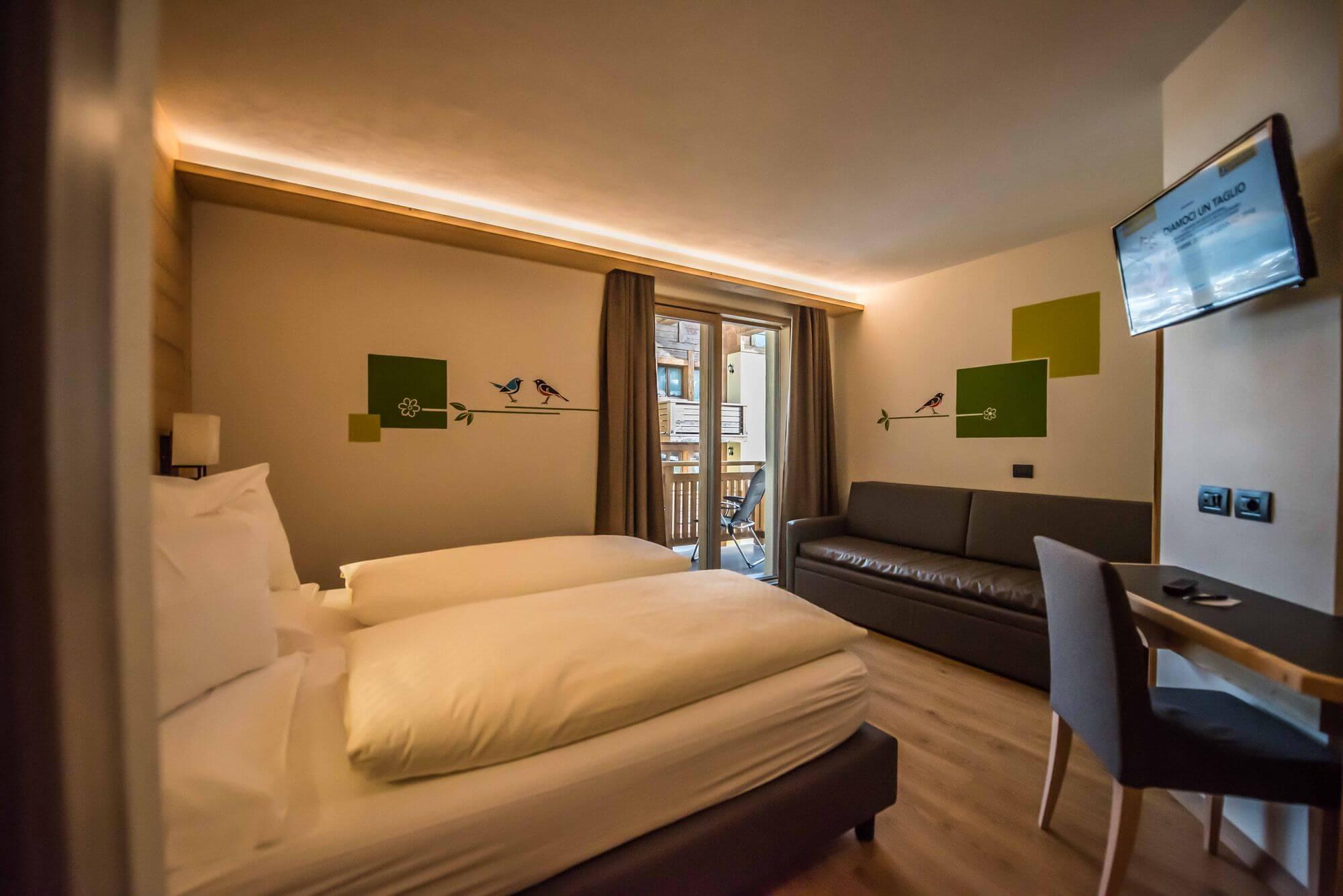 Camera Comfort con televisione e terrazzo