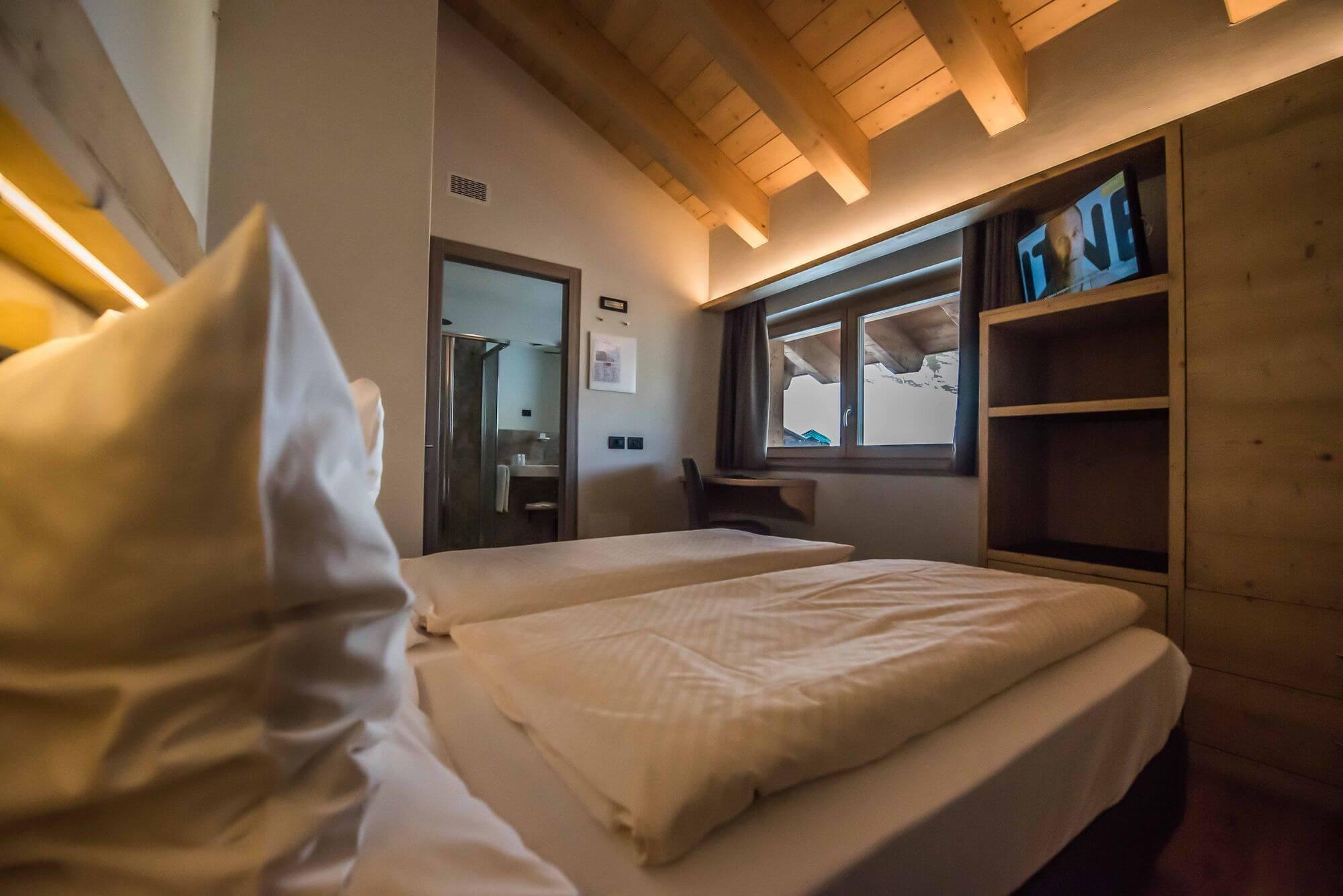 Stanza con TV: Hotel Le Alpi a Livigno