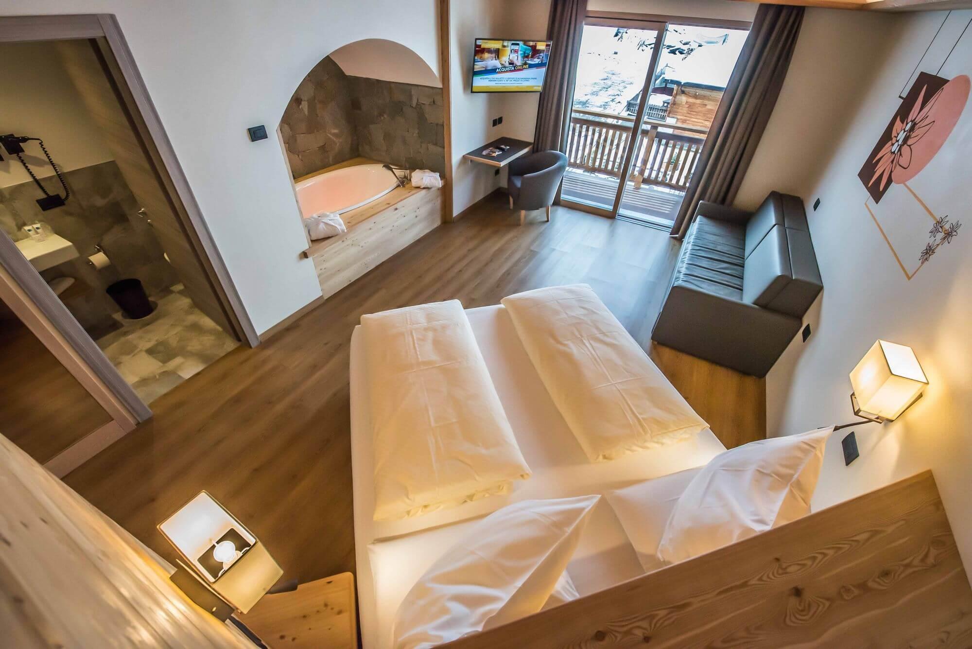 Vista dall'alto: Suite dell'Hotel Le Alpi a Livigno